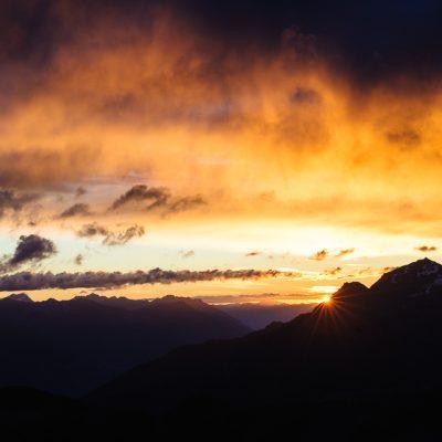 Sonnenaufgang auf der Rötlspitze / Sunrise from Piz Cotschen (3026m)