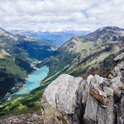 Zufrittsee im Martelltal / Lago Gioveretto in the Martell Valley. Blick von / Seen from Vordere Rotspitze (3033m)