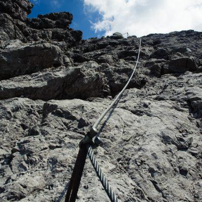 Leichte Kletterei auf  dem Weg zum Saulakopf (2,517m), Brandnertal, AT. Rock climbing session on the way to the summit of Saulakopf (2,517m), Brandner Valley, AT.